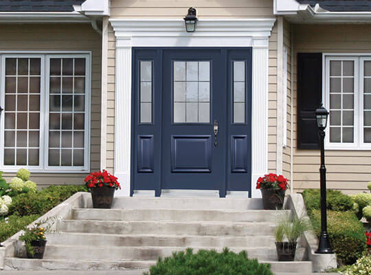 A navy blue fibreglass door with double sidelites on a modern home : fibreglass door - pezcame.com