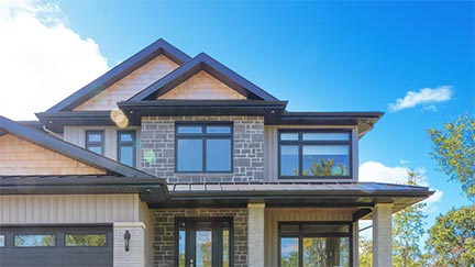 A photo of a house in Barrie with Northern Comfort Windows.