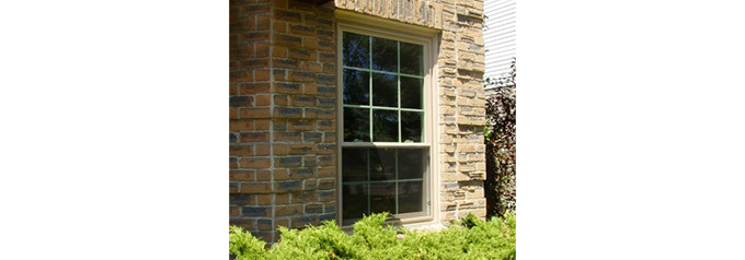 single hung tilt window